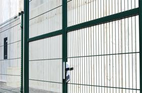 04 Puertas batientes